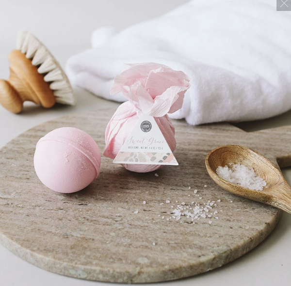 Flourish Signature Scent Bath Bomb