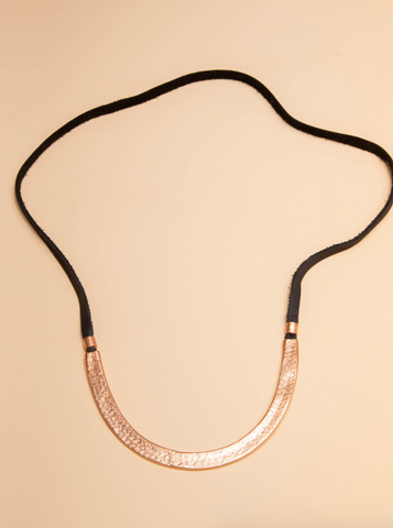 Arc Necklace -- Black