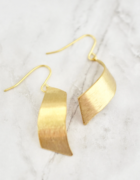 Elton Earrings -- Gold