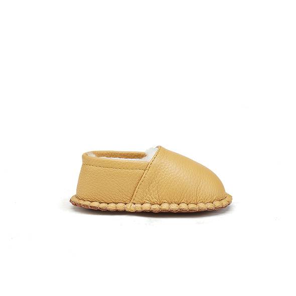BABY MOCS SADDLE