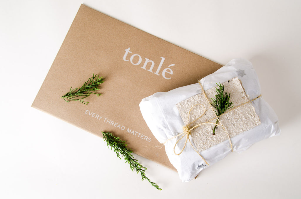 Photo of tonlé packaging
