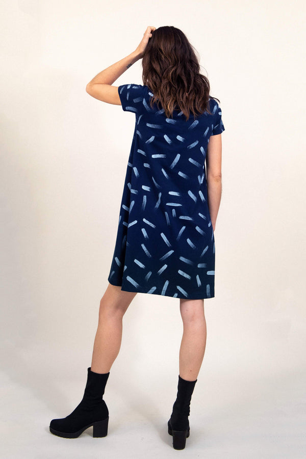 a-line t-shirt dress with dash print - open closet - x-small - rarely worn
