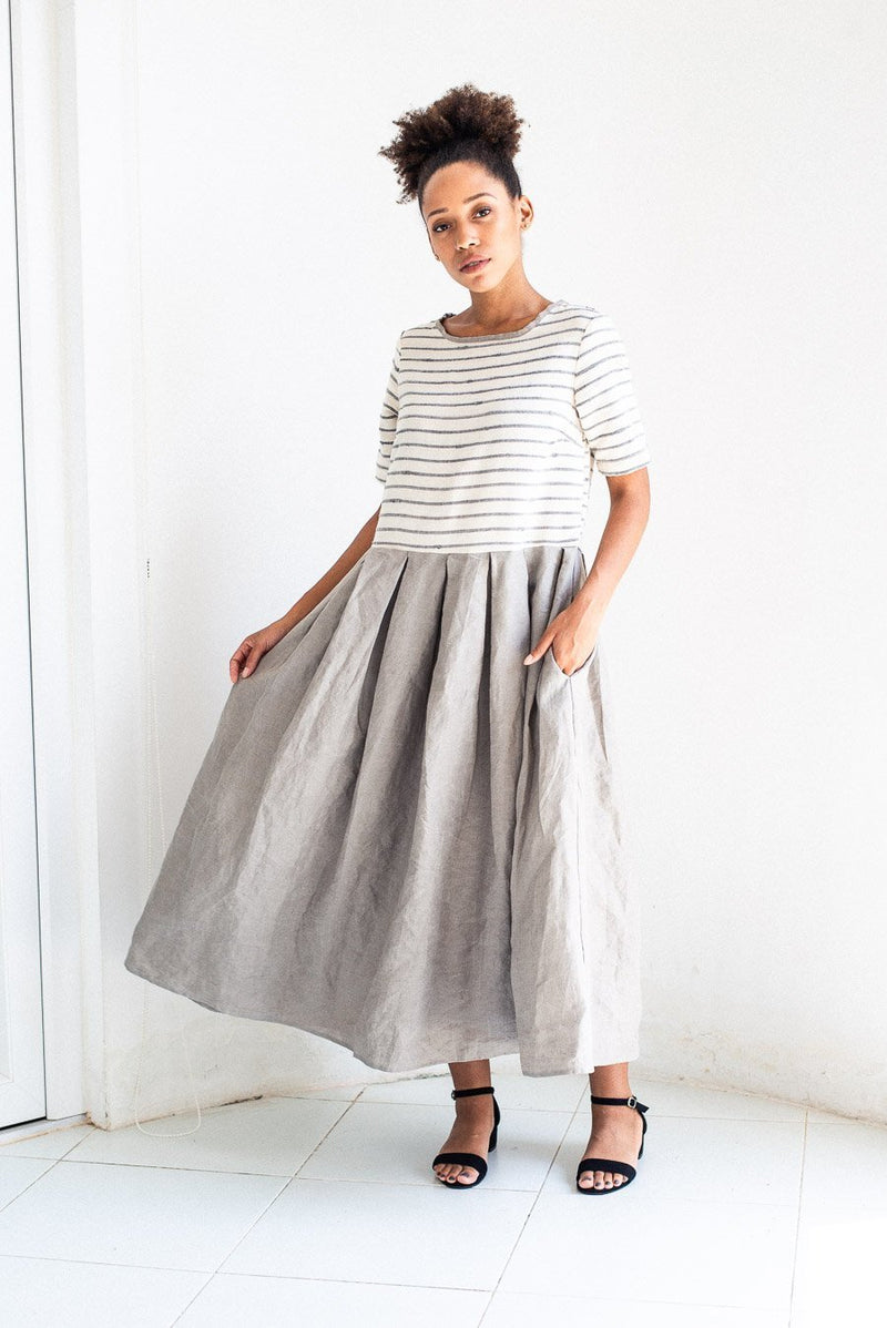 grey and white handwoven boxy pleated dress - open closet - x-large - rarely worn