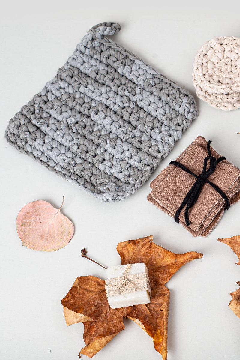 Our crocheted potholder is an essential for your zero waste home.