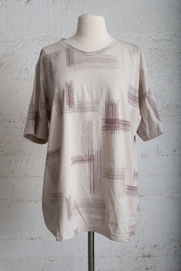 classic t with crosshatch - open closet - xx-large - rarely worn