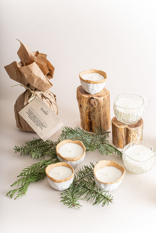 These organic soy candles poured into reuseable ceramic containers make great zero waste gifts.