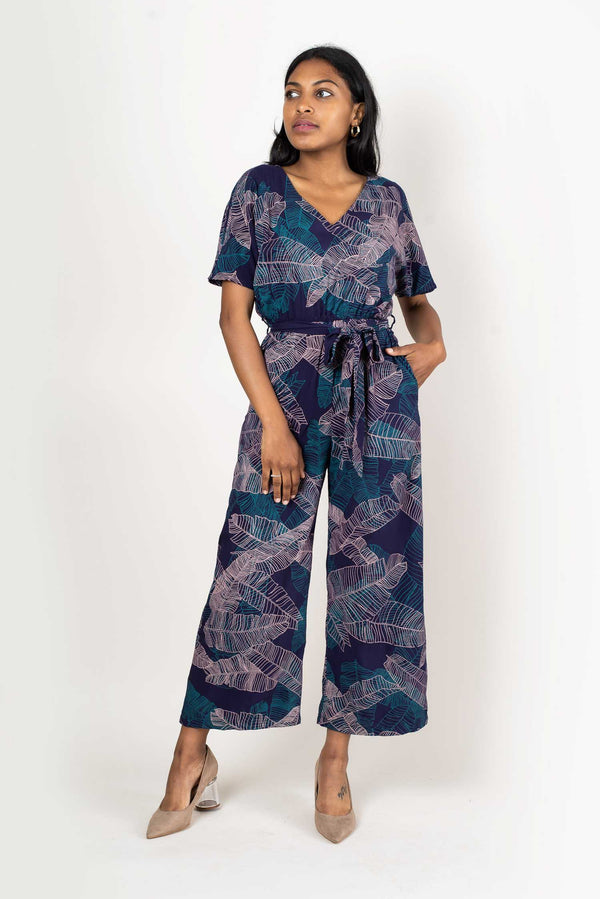 Our sustainably made Rachana jumpsuit has two side pockets.
