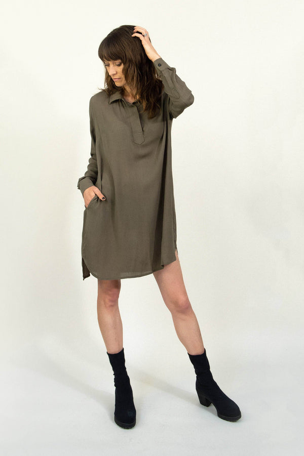 Our ethically made tunic has pockets to keep all your essentials on hand.