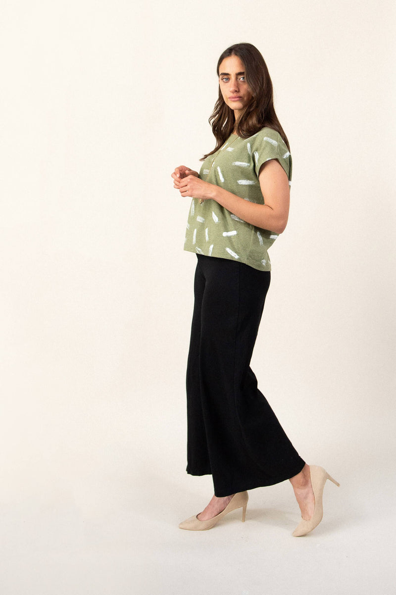 The Ryna pants are made from reclaimed jersey as part of our unique zero waste process.