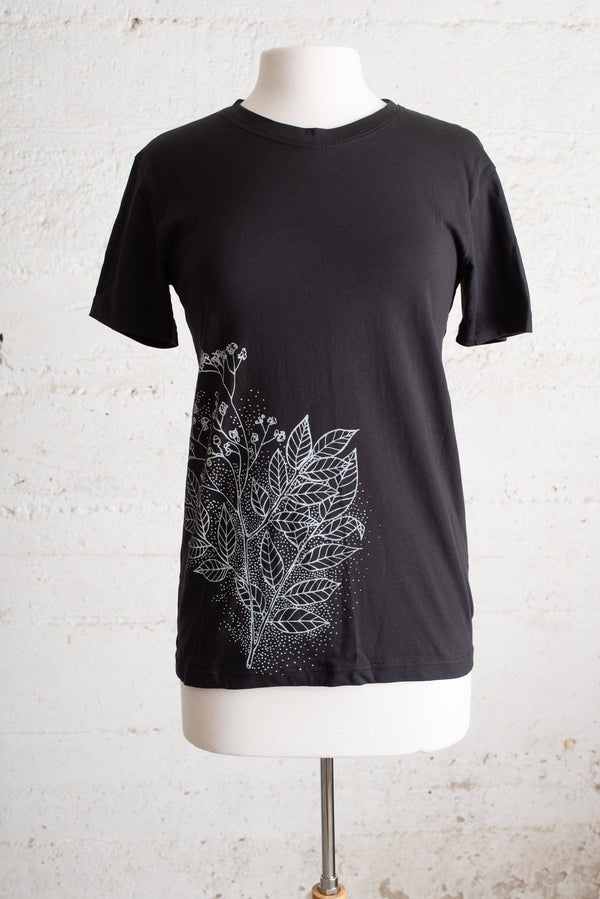 classic t-shirt with tree print - open closet - small - sample, rarely worn
