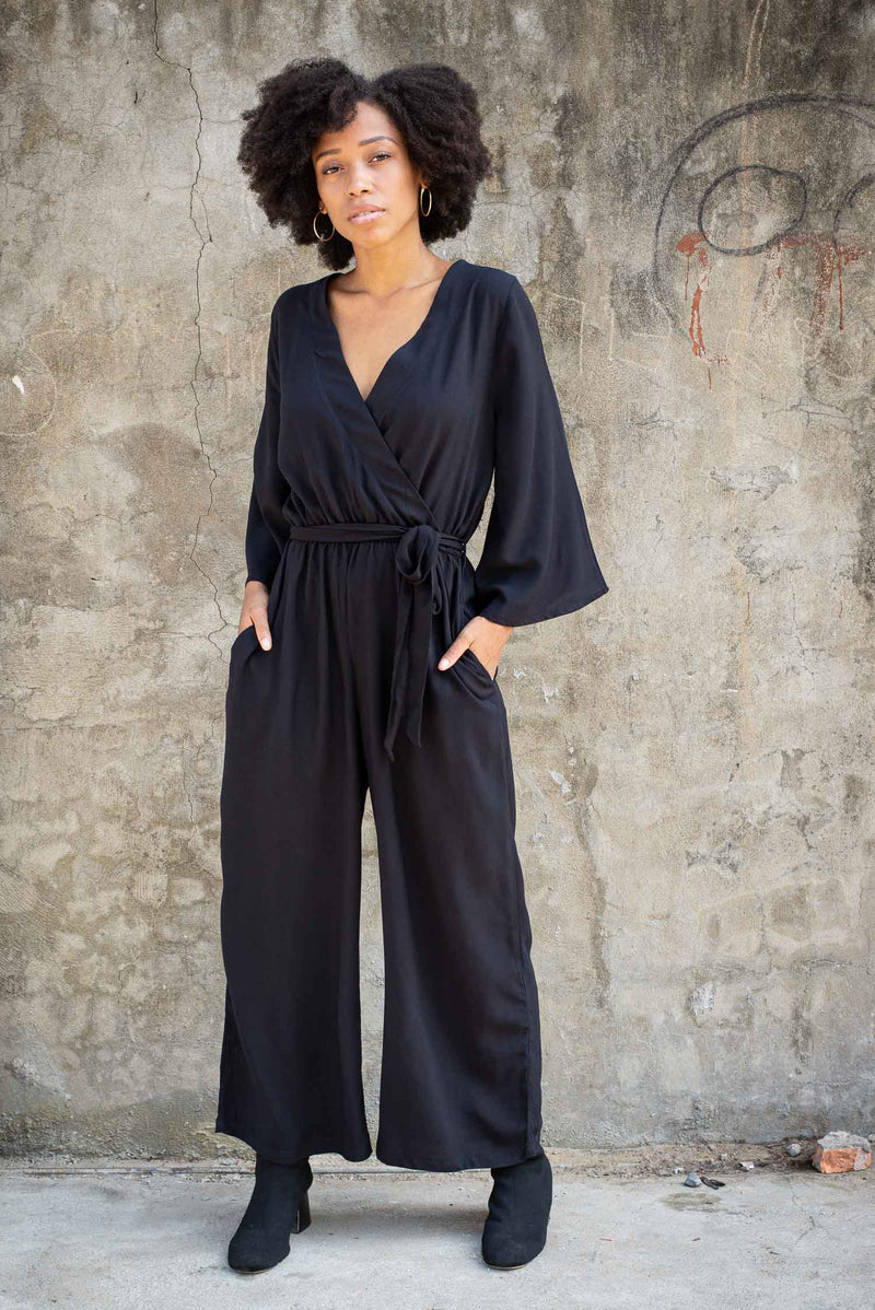 Our circular fashion Vanna jumpsuit, seen here in black, is a chic one-and-done look.