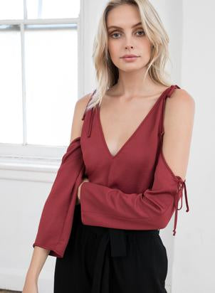 Wish - Allude Blouse (Berry)