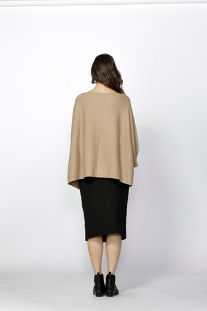 Fate + Becker - Edera Knitted Cape (Baked Honey)