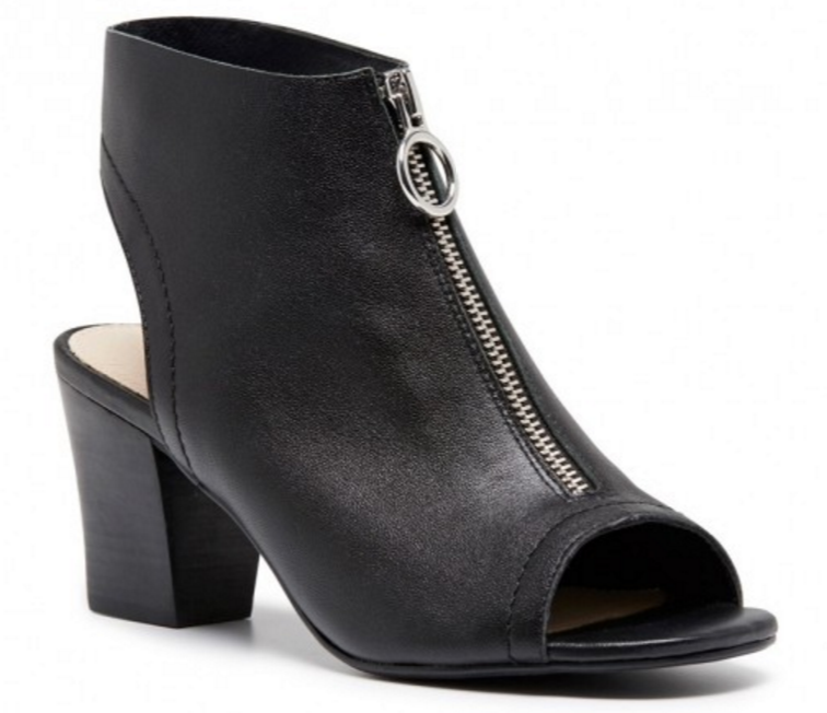 Hush Puppies- Olsen (Black)