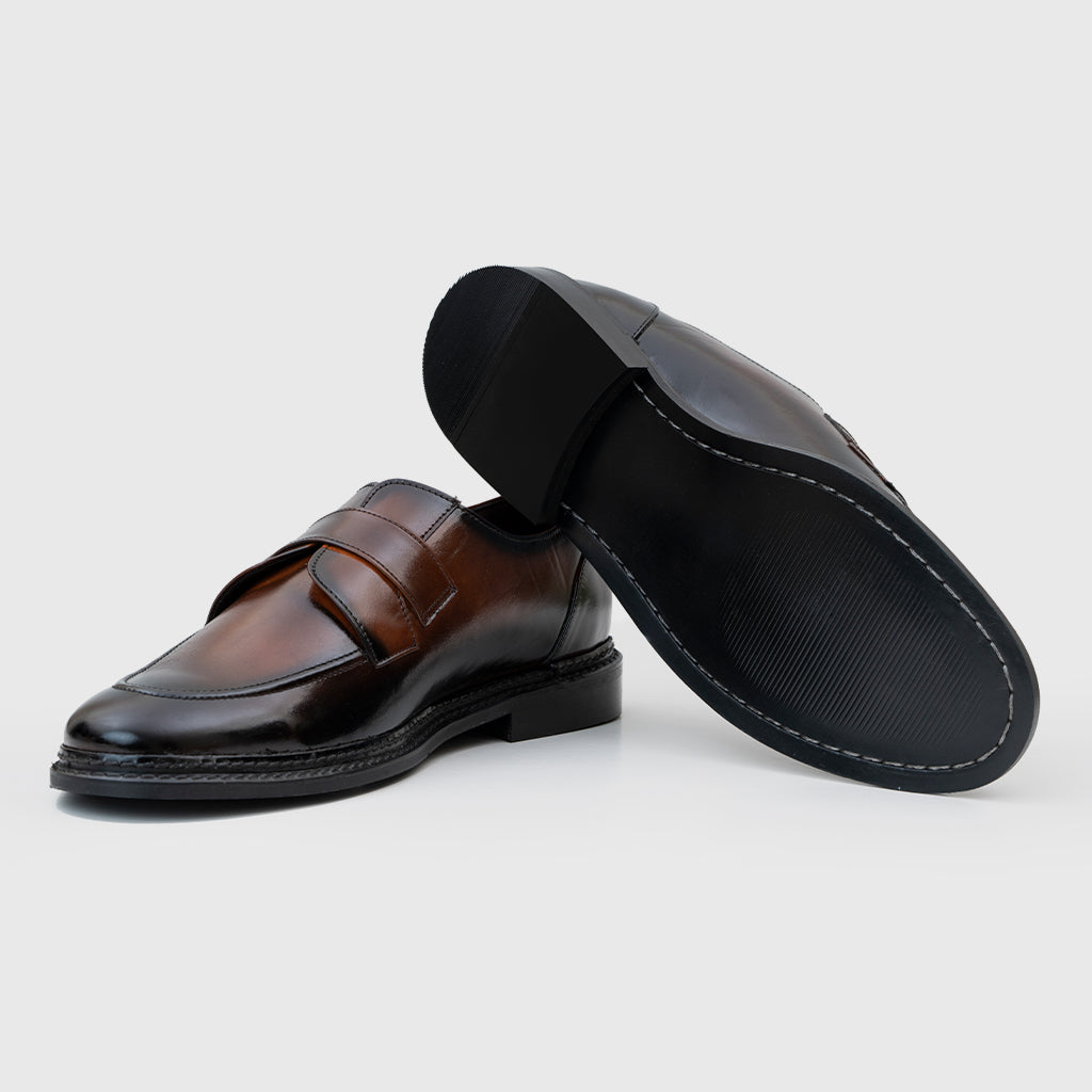 DERBY SLIP-ONS- BROWN