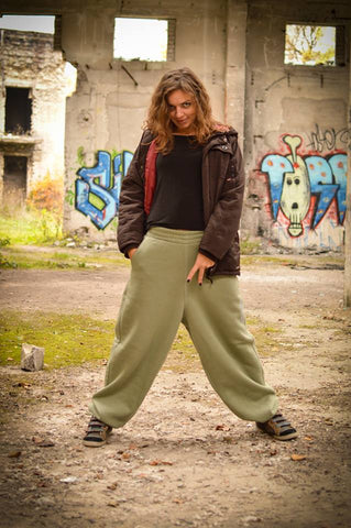KHAKI SWEATPANTS