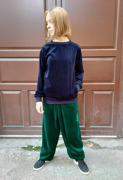 NAVY BLUE VELOUR JUMPER