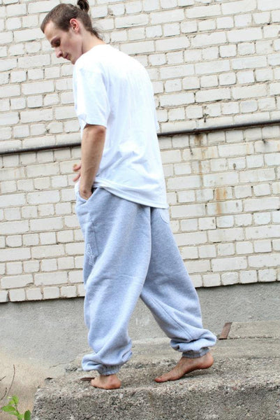 LIGHT GRAY SWEATPANTS
