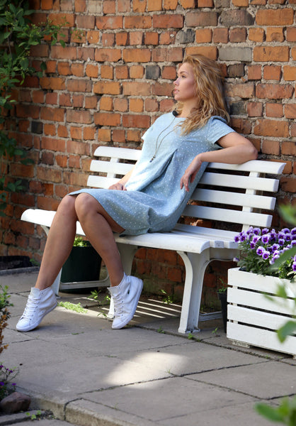 LIGHT GRAY POLKA DOT DRESS