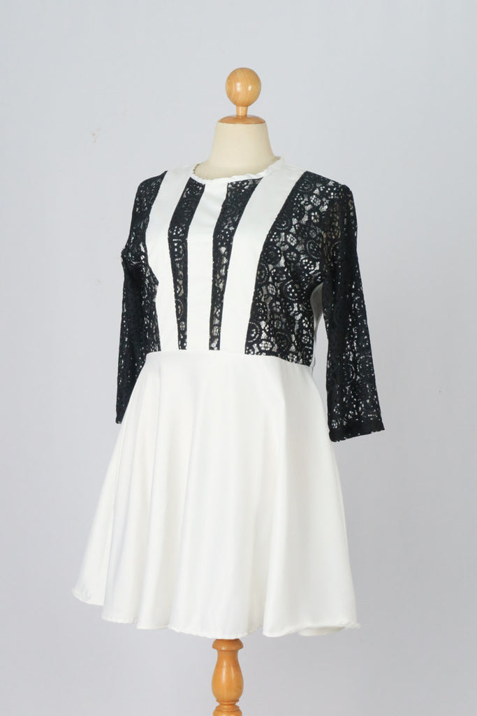 3/4 Sleeve Black Lace Flare A-line Dress