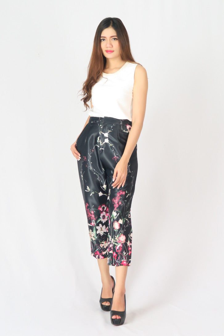 High-Rise Pleated Cropped Trousers