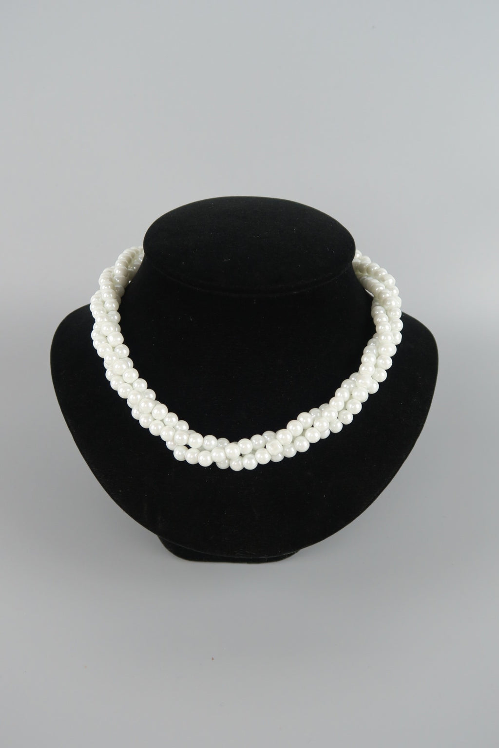 Stylish Necklace with Cystals
