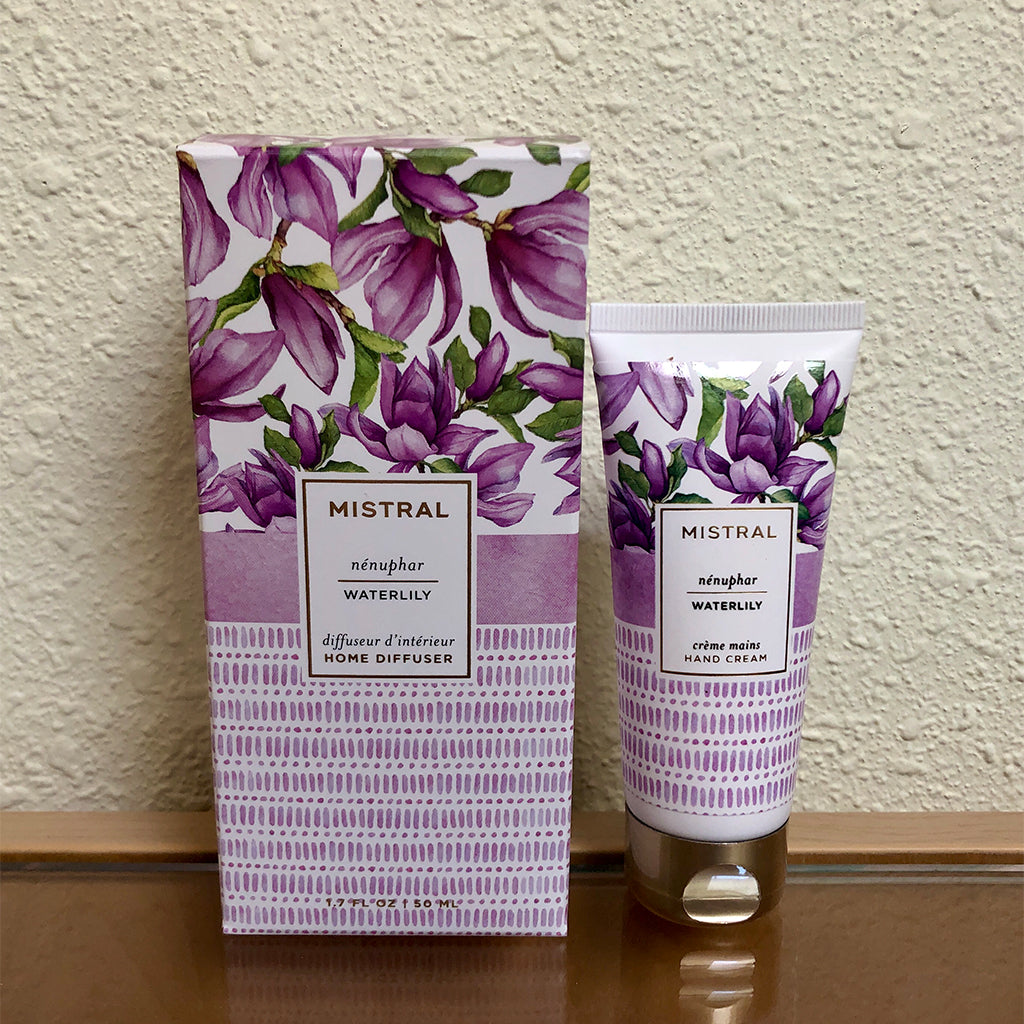 Mistral lotion and diffuser gift set with water lily scent