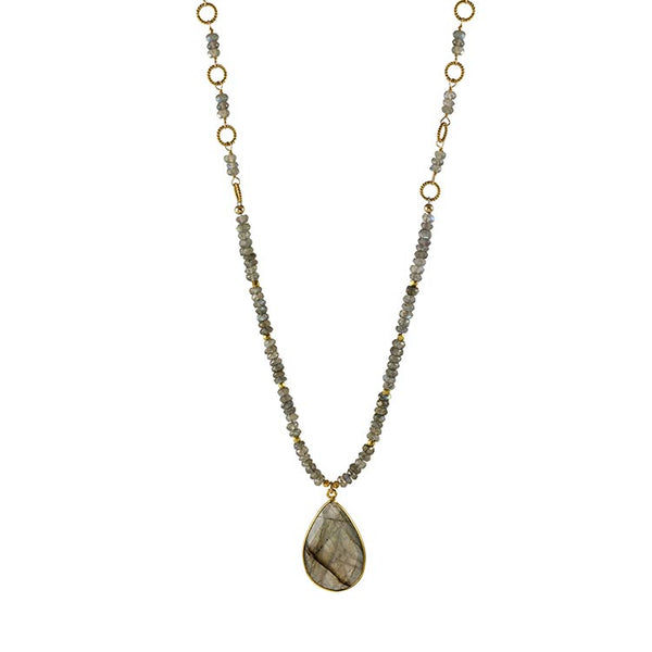 labradorite pendant necklace by Alicia Van Fleteren