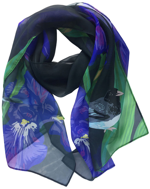 Rigel Stuhmiller iris and junco scarf