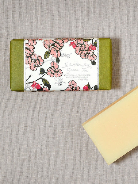 5 oz shea butter soap green tea  made in the USA  aromatherapy  floral  artisanal  handcrafted  skincare