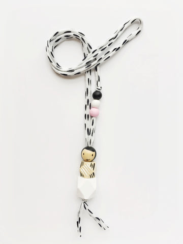 GEO DOLL NECKLACE (BLACK AND WHITE)