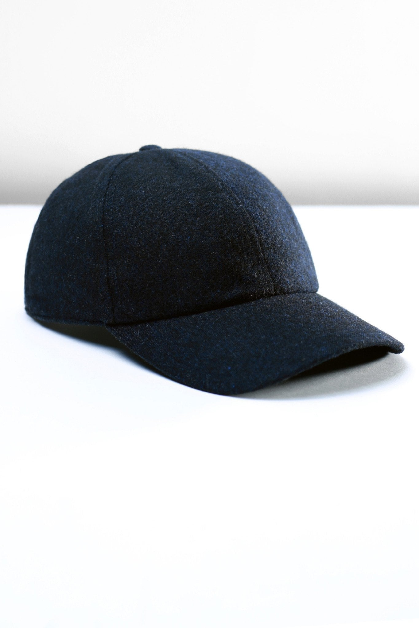 Caps - black blue