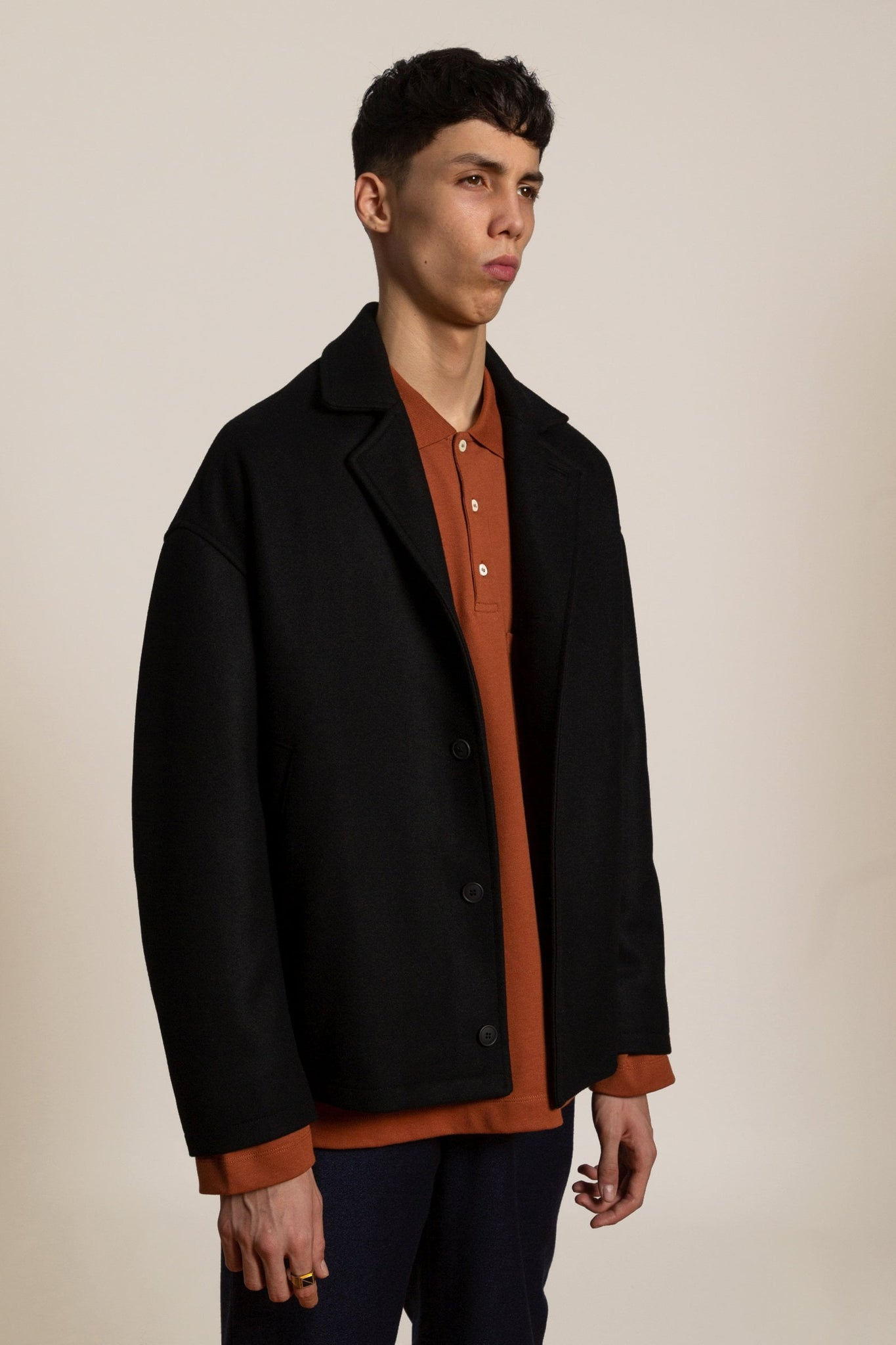 Wool cashmere short coat - black