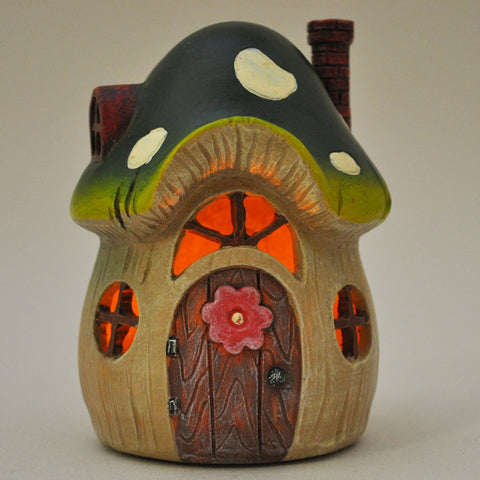 Green Toadstool Fairy House with Lights - Prezents  - 1