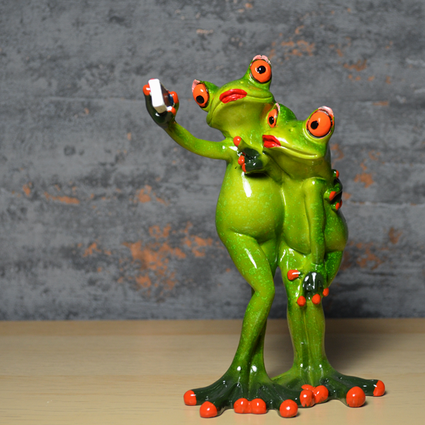 Comical Frogs - Selfie Couple