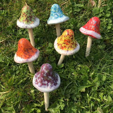 Ceramic Bobble Top Mushrooms Set of 6 - Prezents.com