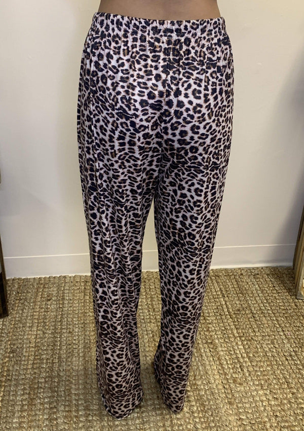 BOTTOMS Cheetah Lounge Pants