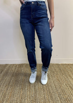 BOTTOMS Day Shift Jeans