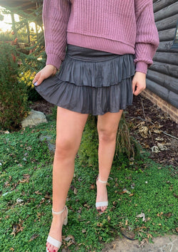 BOTTOMS S / CHARCOAL Feeling Flirty Skort In Charcoal