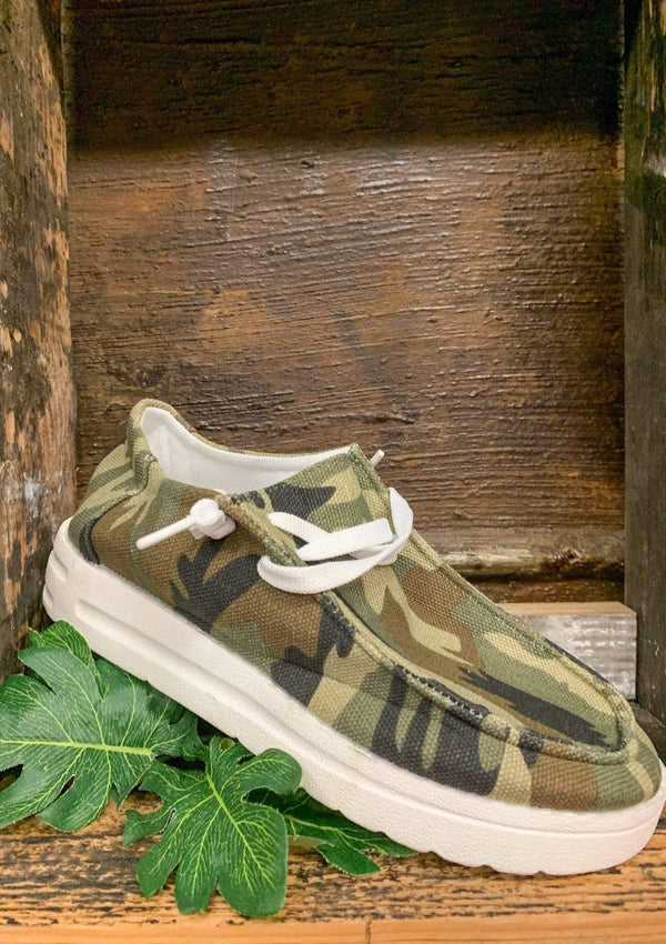 SHOES 36 / CAMO Journey Slide Ons In Camo