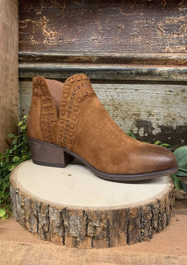 SHOES 5.5 / NEWTAN Boho Rancher Booties In New Tan