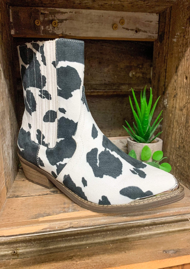 SHOES 5.5 / WHITE/BLACK Eagle Cow Booties In Black