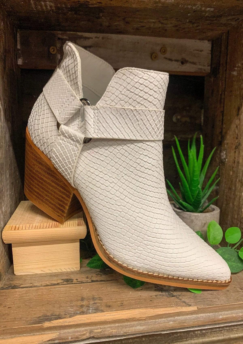 SHOES 5.5 / WHITE/WOOD Get It Girl Booties
