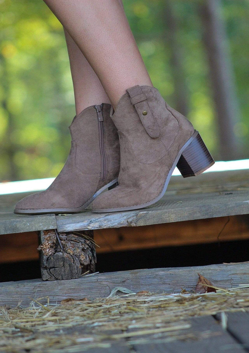 SHOES 6 Jacey Booties