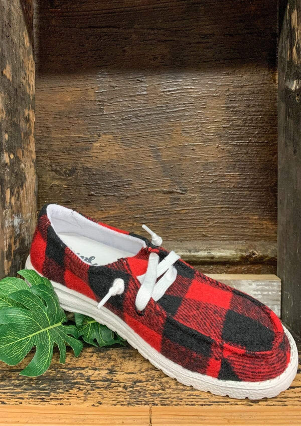 SHOES 6 / REDPLAID Calm To Craze Slide Ons In Red Plaid