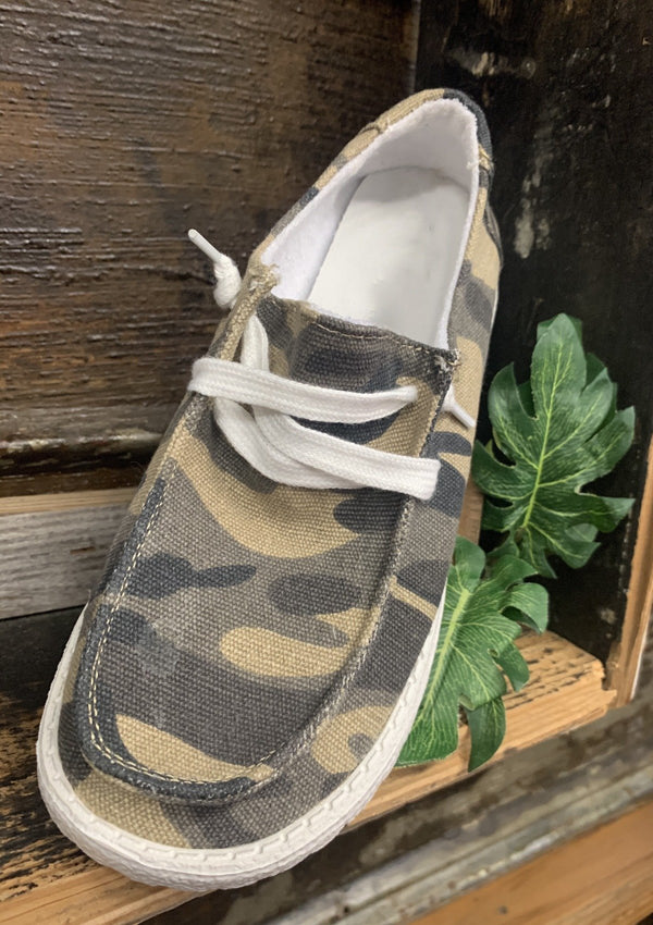 SHOES Calm To Craze Slide Ons In Camo