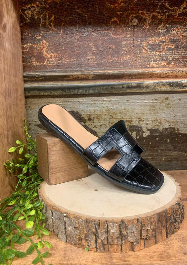 Stay Classy Sandals In Black