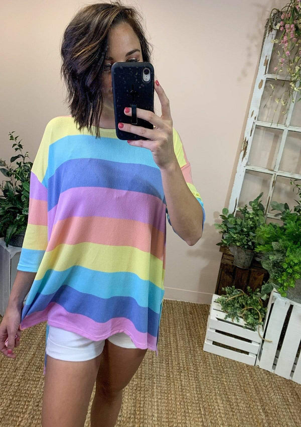 TOPS Rainbow Dreaming Top