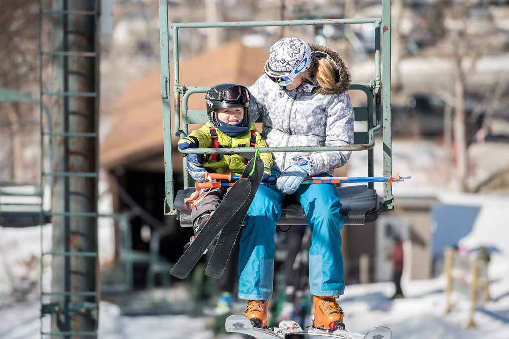 kids skiing with parents, how to teach your kid to be fearless