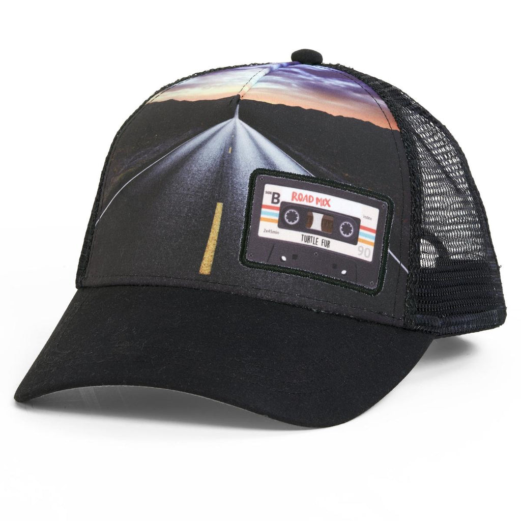 Mix Tape Trucker / Color - Black